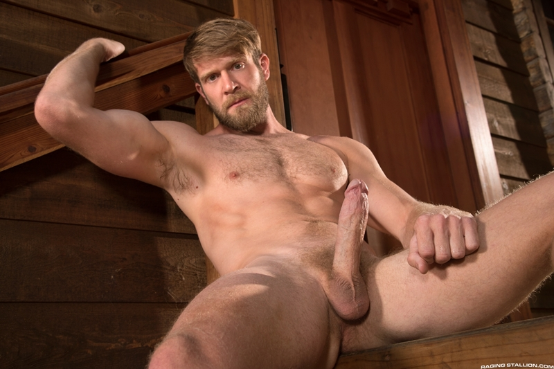 Sexy bearded hottie hunk Colby Keller 007 porn gay pics - Sexy bearded hottie hunk Colby Keller