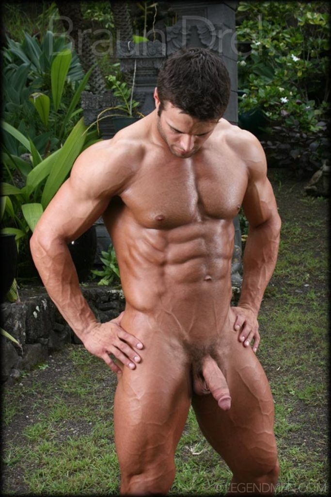 Shaved chested big muscle hunk Braun Drek 006 porn gay pics 683x1024 - Shaved chested big muscle hunk Braun Drek