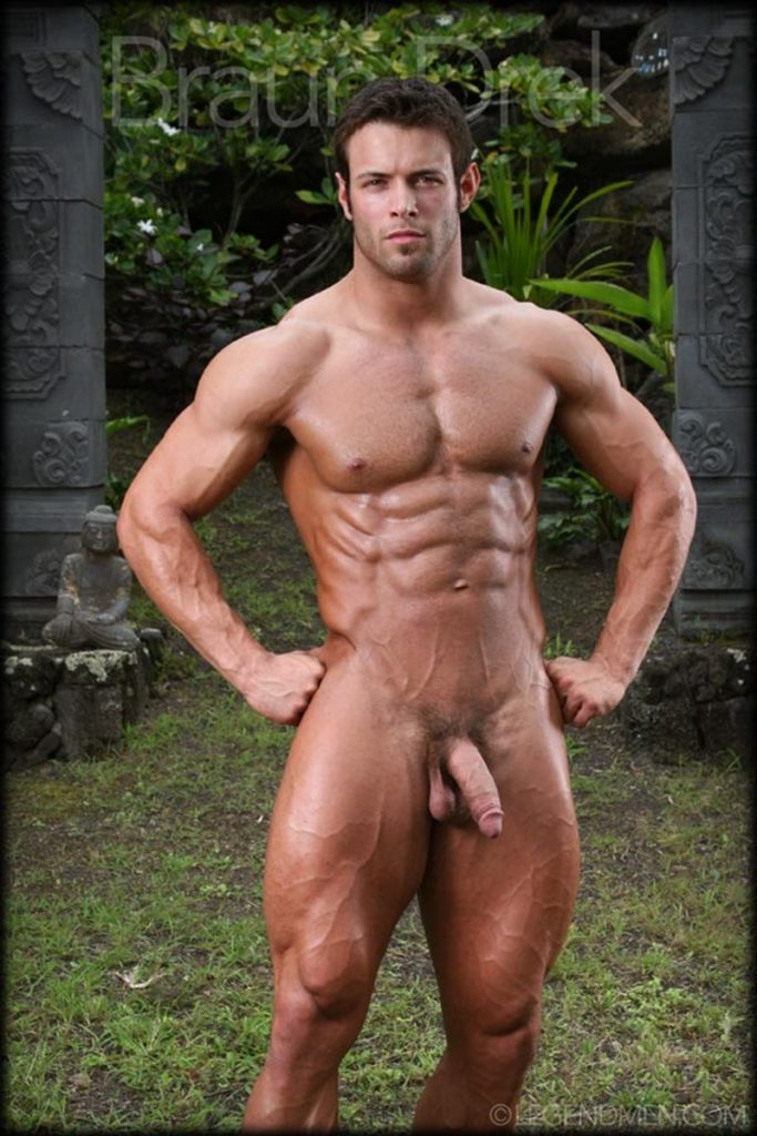 Shaved chested big muscle hunk Braun Drek 007 porn gay pics 683x1024 - Shaved chested big muscle hunk Braun Drek