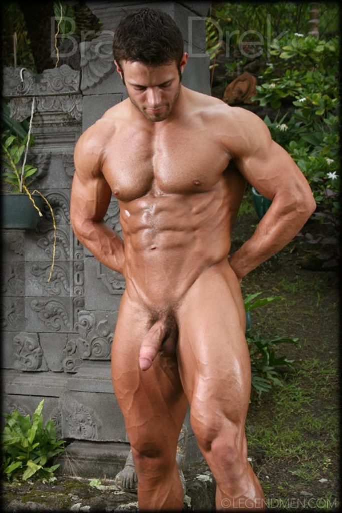 Shaved chested big muscle hunk Braun Drek 010 porn gay pics 683x1024 - Shaved chested big muscle hunk Braun Drek
