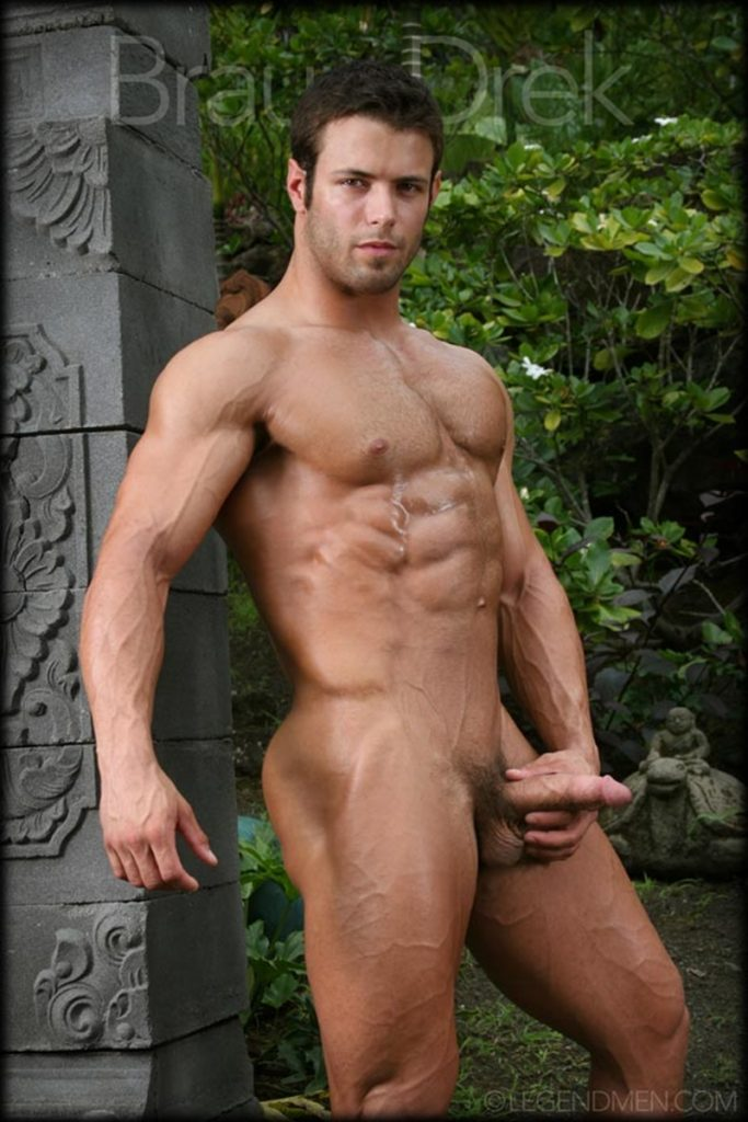 Shaved chested big muscle hunk Braun Drek 011 porn gay pics 683x1024 - Shaved chested big muscle hunk Braun Drek