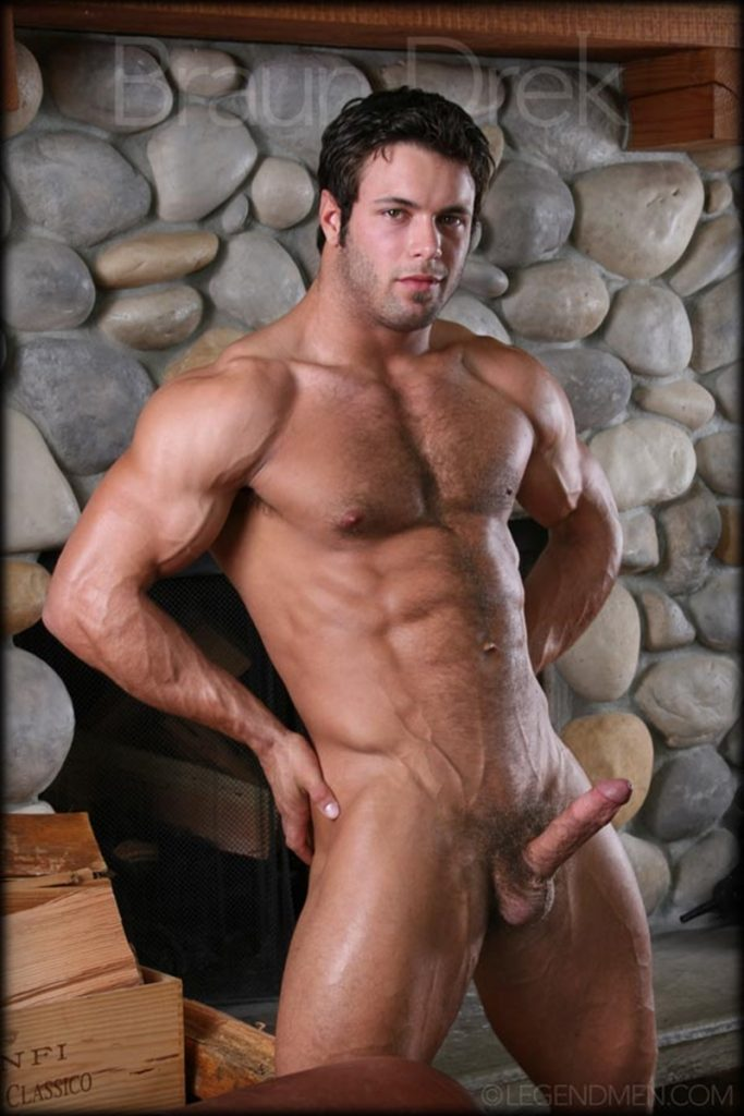 Shaved chested big muscle hunk Braun Drek 014 porn gay pics 683x1024 - Shaved chested big muscle hunk Braun Drek