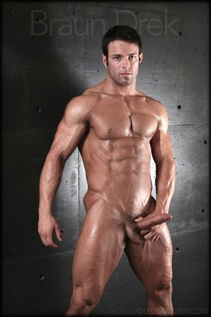 Shaved chested big muscle hunk Braun Drek 018 porn gay pics 682x1024 - Shaved chested big muscle hunk Braun Drek