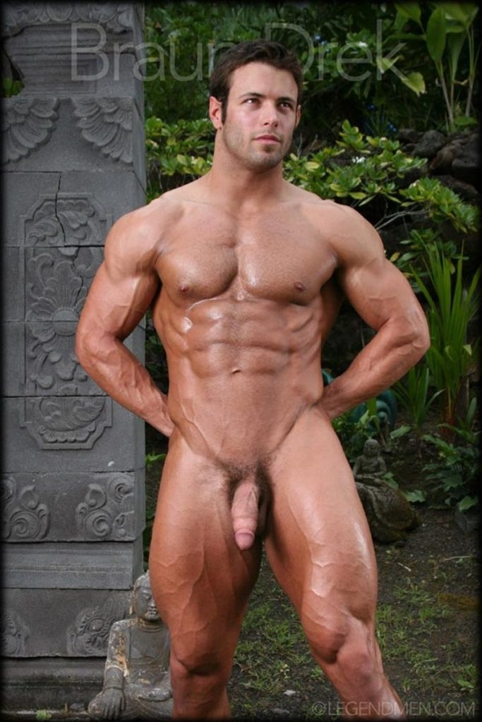 Shaved chested big muscle hunk Braun Drek 023 porn gay pics 683x1024 - Shaved chested big muscle hunk Braun Drek