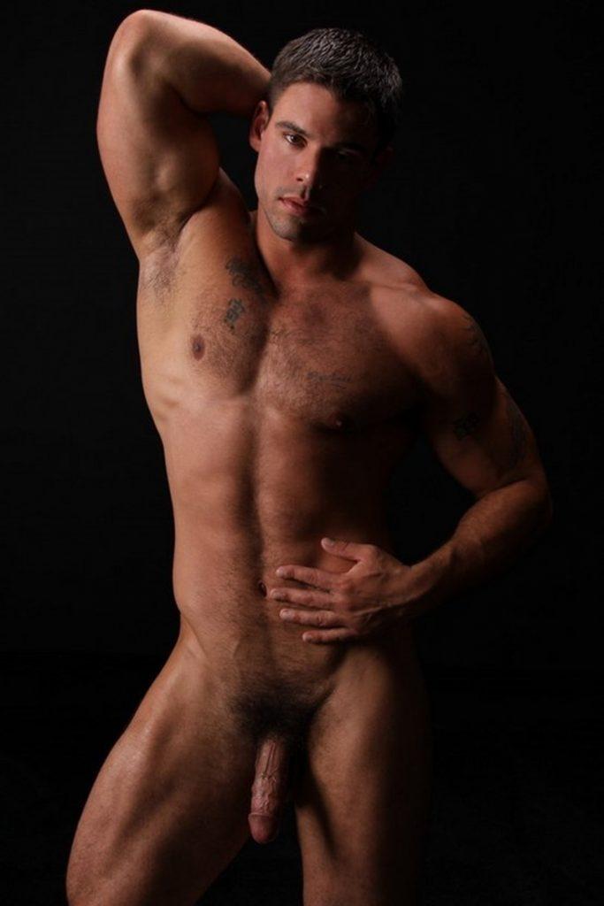 Good looking big muscle boy Derek Atlas 004 gay porn pics 683x1024 - Good looking big muscle boy Derek Atlas