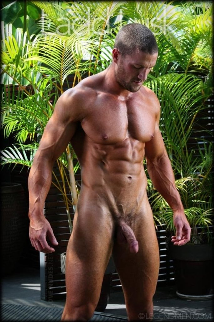 Gorgeous shaved headed muscle dude Ladd Lusk 004 gay porn pics 683x1024 - Gorgeous shaved-headed muscle dude Ladd Lusk