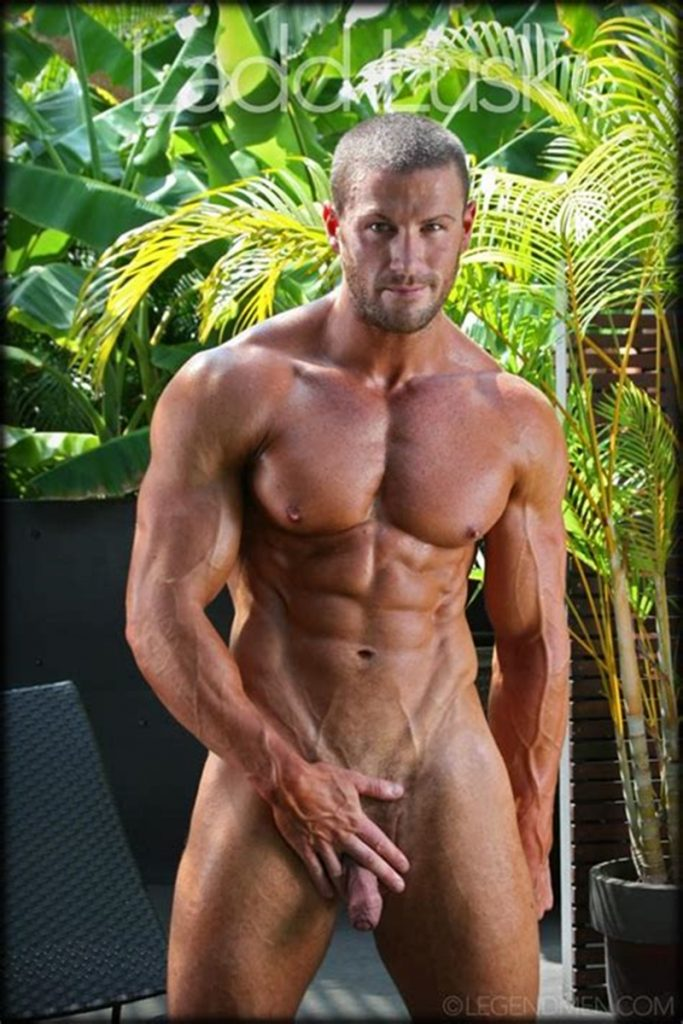 Gorgeous shaved headed muscle dude Ladd Lusk 013 gay porn pics 683x1024 - Gorgeous shaved-headed muscle dude Ladd Lusk