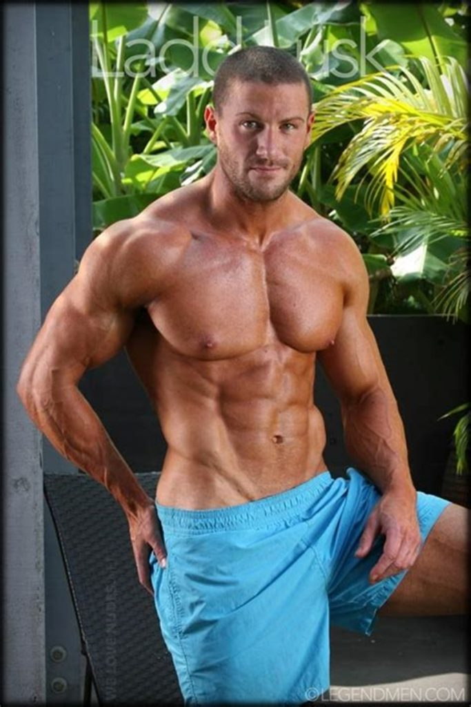 Gorgeous shaved headed muscle dude Ladd Lusk 015 gay porn pics 683x1024 - Gorgeous shaved-headed muscle dude Ladd Lusk
