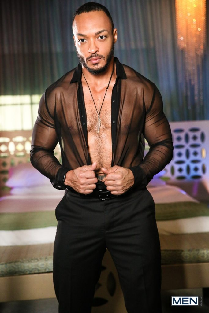 Hot sexy black muscle dude Dillon Diaz 020 gay porn pics 683x1024 - Hot sexy black muscle dude Dillon Diaz