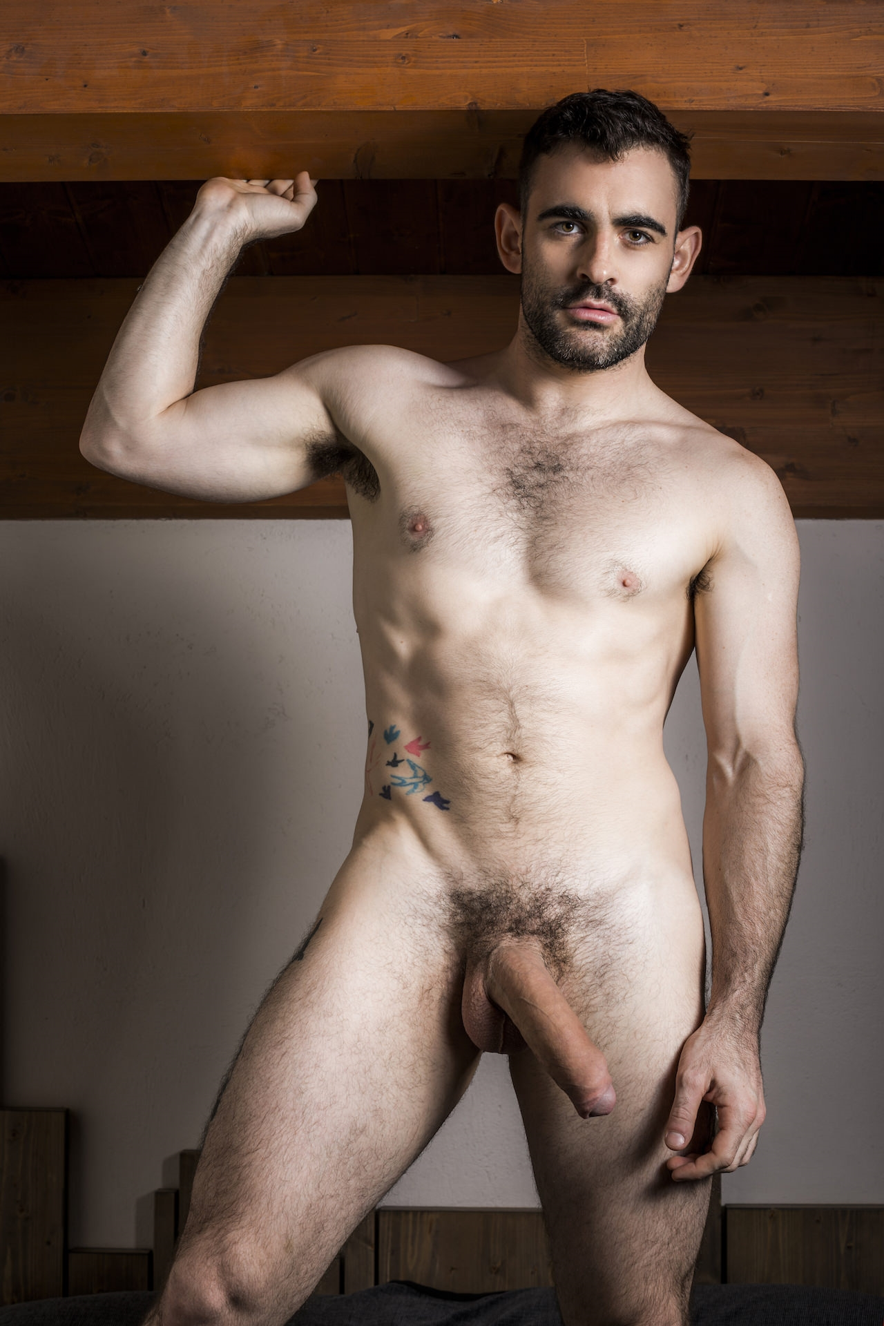Sexy Australian muscle hunk Max Arion sports 10 inch uncut dick 019 porn solo gay photo - Gorgeous Australian hunk Max Arion sports a 10-inch uncut dick between his legs