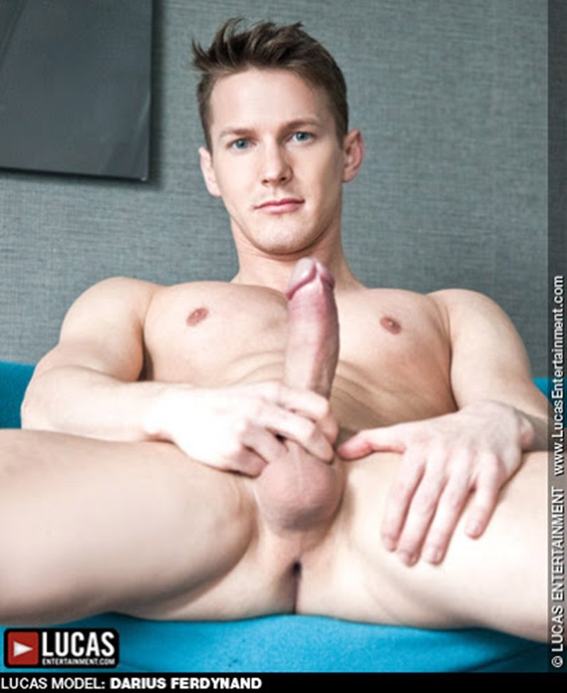 Sexy Hungarian naked muscle stud Darius Ferdynand 026 gay porn pics - Sexy Hungarian muscle stud Darius Ferdynand porn star