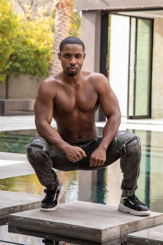 Beautiful black stud DeAngelo Jackson shows off sexy naked muscled body 002 gay porn pics 683x1024 - Beautiful black stud DeAngelo Jackson shows off his sexy naked muscled body