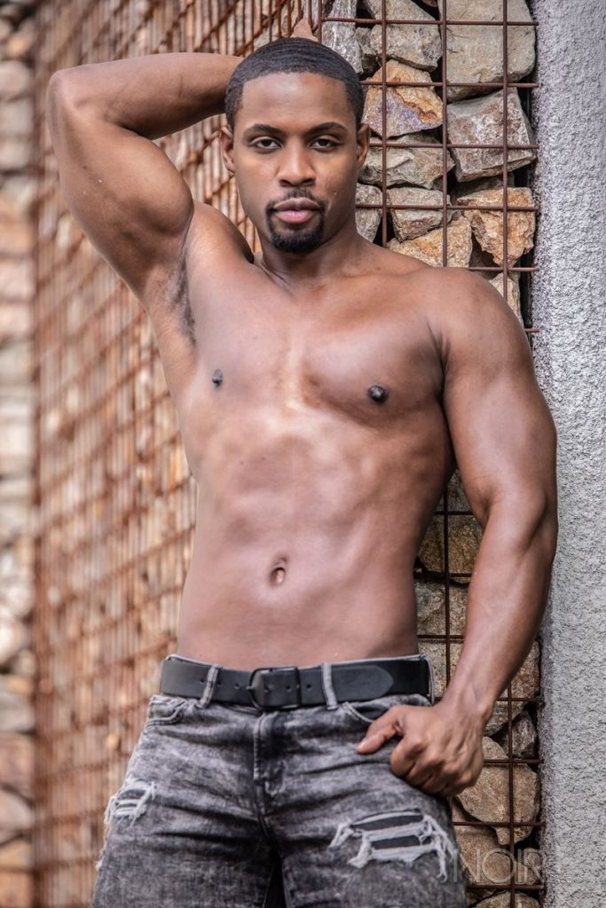 Beautiful black stud DeAngelo Jackson shows off sexy naked muscled body 003 gay porn pics 683x1024 - Beautiful black stud DeAngelo Jackson shows off his sexy naked muscled body