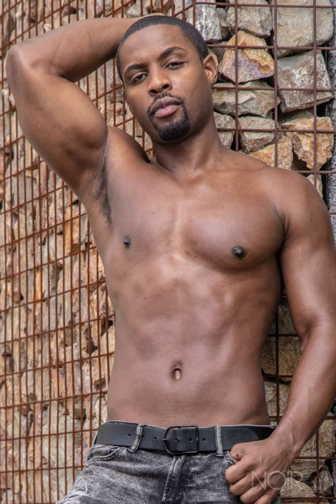 Beautiful black stud DeAngelo Jackson shows off sexy naked muscled body 011 gay porn pics 683x1024 - Beautiful black stud DeAngelo Jackson shows off his sexy naked muscled body