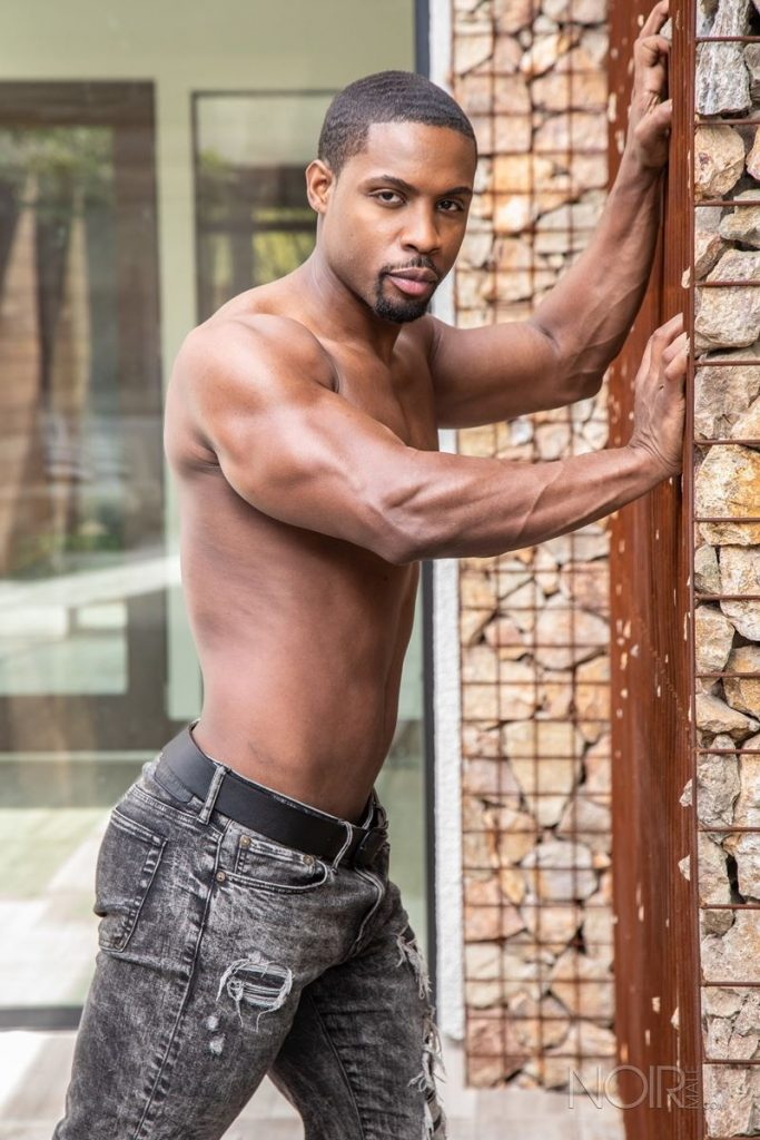 Beautiful black stud DeAngelo Jackson shows off sexy naked muscled body 012 gay porn pics 683x1024 - Beautiful black stud DeAngelo Jackson shows off his sexy naked muscled body