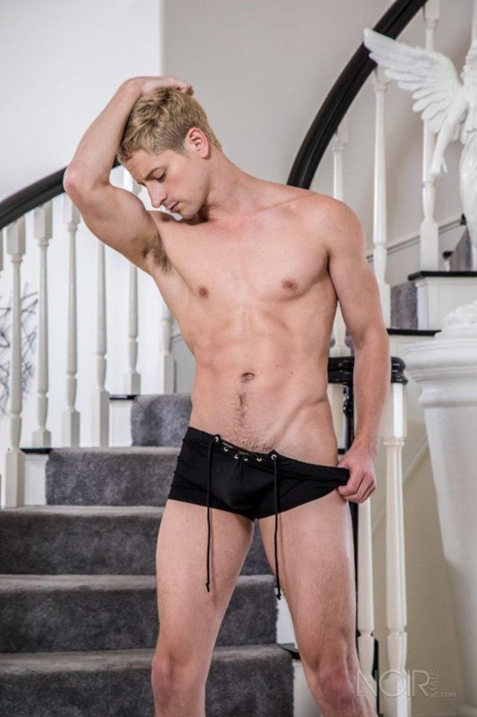 Sexy Irish stud Brendan Patrick bareback fucked big hairy bear Bryan Knight huge dick 006 gay porn pics 682x1024 - Sexy young smooth muscle stud Taylor Reign naked photoshoot