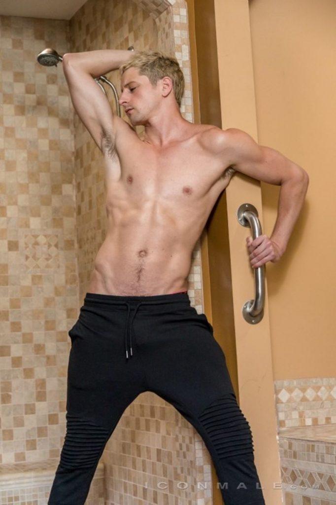 Gay muscle bareback, porn - fenridal.suntorycollection.info