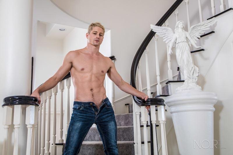 Sexy Irish stud Brendan Patrick bareback fucked big hairy bear Bryan Knight huge dick 015 gay porn pics - Sexy young smooth muscle stud Taylor Reign naked photoshoot