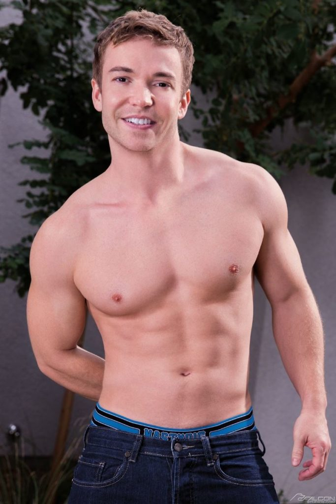 Sexy young bottom boy Gabriel Cross all grown up beautifully muscled youlovenudedudes 019 gay porn pics 683x1024 - Sexy young bottom boy Gabriel Cross all grown up and beautifully muscled