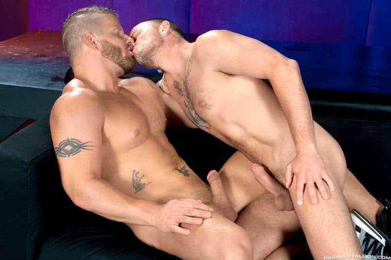 Big muscle dude Jeremy Stevens huge cock fucks Max Cameron hot bubble ass 001 gay porn pics - Big muscle dude Jeremy Stevens' huge cock fucks Max Cameron's hot bubble ass